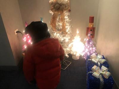 20191207 Attending Santa at The Arboretum