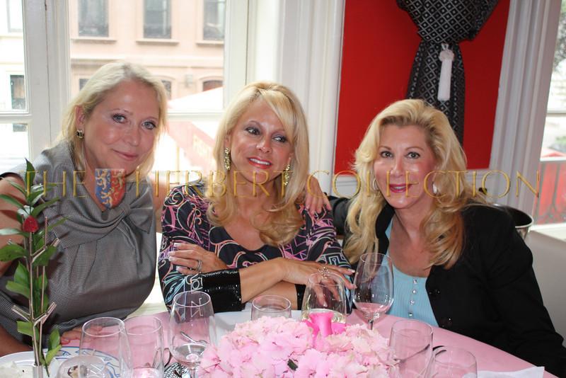 Suzan Kremer, Iris Schwartz, Michelle Walker
