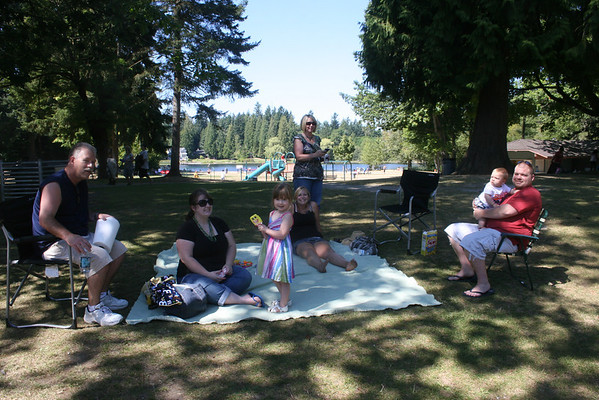 Fam-Friend Picnic_Aug2011