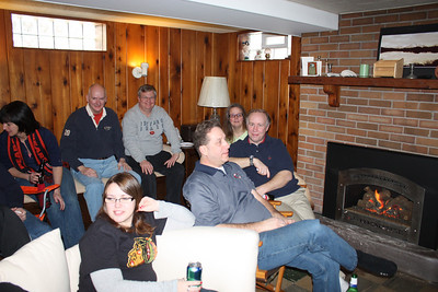 20100116 Wozniak Chili Party-Bears Playoff 013