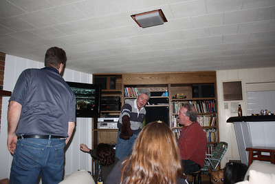 20100116 Wozniak Chili Party-Bears Playoff 035