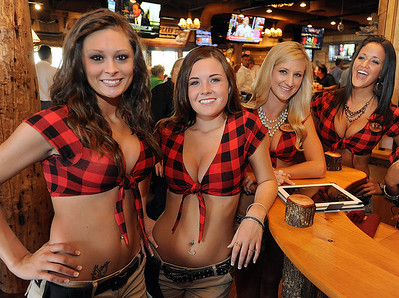 I was assigned to work the Opening Night at Twin Peaks. Photo gallery from Opening Night coming. Thanks, Gwinn_ Twin Peaks opened the concept's newest location in Greenville. The mountain lodge-style sports restaurant known for its scenic views is located at 1034 Woodruff Road. The new Twin Peaks delivers to the Upstate a sports restaurant: with crave-able and high-quality comfort food, an extensive selection of 29-degree draft beer served from a full-service bar, a lively patio and outgoing and beautiful Twin Peaks Girls. The bold hunting lodge atmosphere is punctuated by abundant high-definition televisions, making the location the ultimate sports-watching venue. This is just the third Twin Peaks restaurant to open east of the Mississippi River. GWINN DAVIS PHOTOS gwinndavisphotos.com (website) (864) 915-0411 (cell) gwinndavis@gmail.com  (e-mail)  Gwinn Davis (FaceBook)