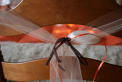 Close up of ribbons on the chairs.