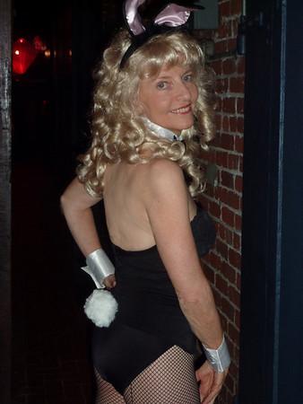 Pat PlayboyBunny 103010 Halloween eve (1)