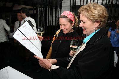 Stacey Grisch, Linda Barnds