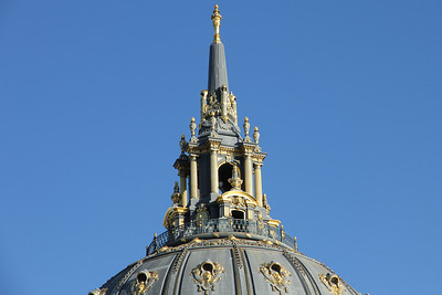The pinnacle of the city - the crown of San Francisco's city hall dome, gilded in 24 carat gold.  What a beautiful city we live in.