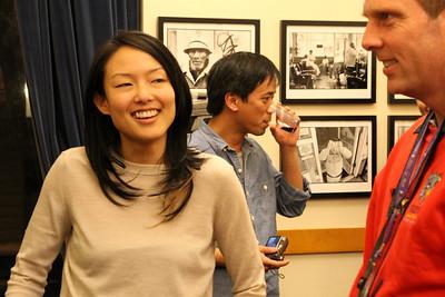 Jane Kim talks with the singing man.