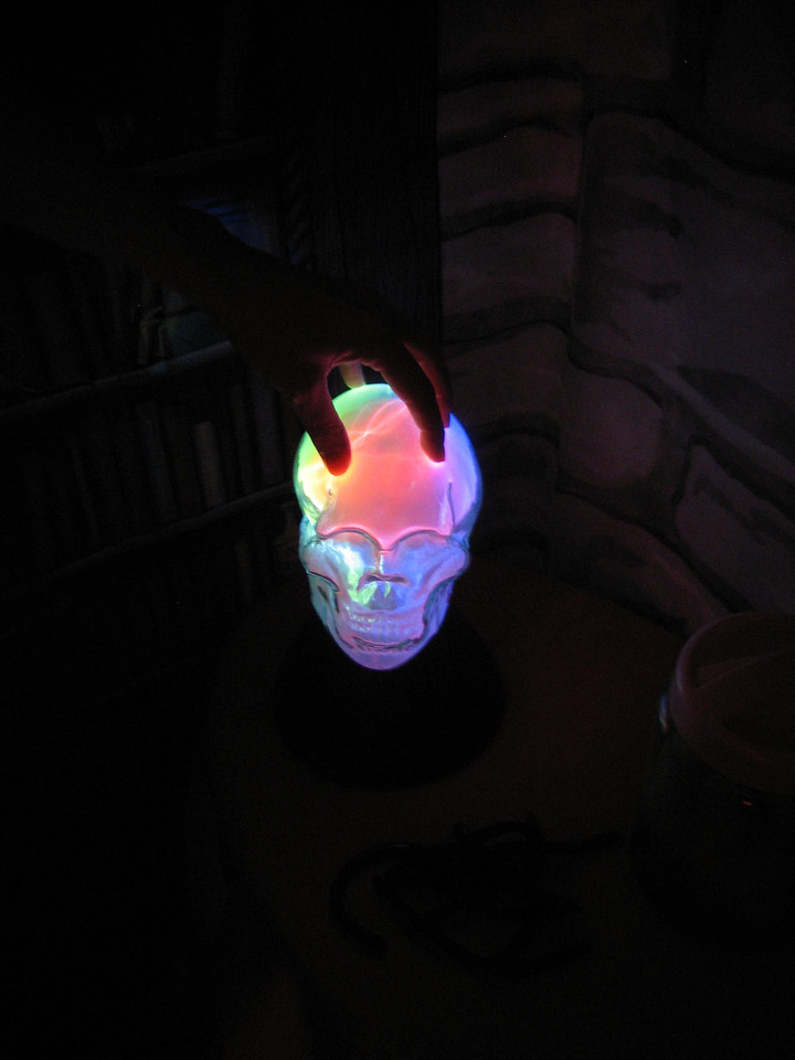 funky electric skull