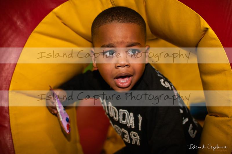 IslandCapture02_20111106_2494