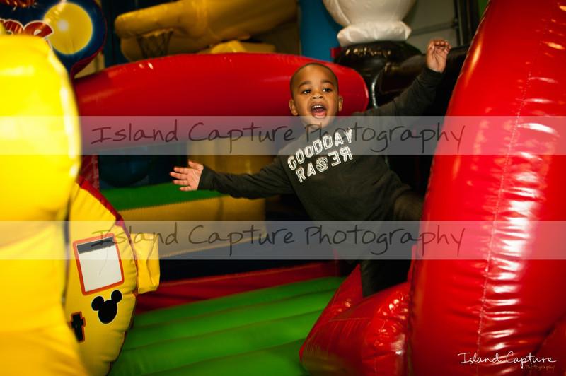 IslandCapture02_20111106_2417