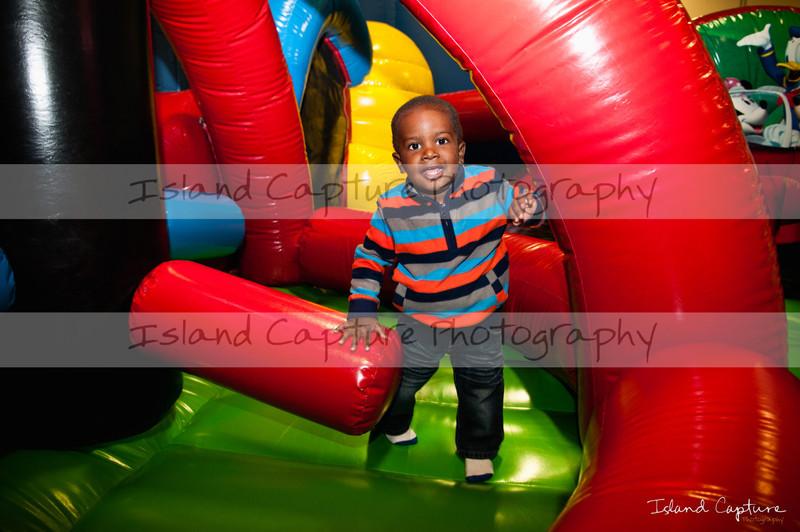 IslandCapture01_20111106_5208