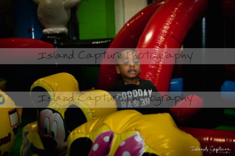 IslandCapture02_20111106_2426