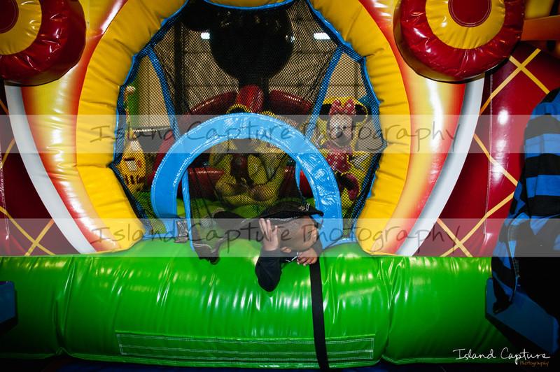 IslandCapture01_20111106_5163