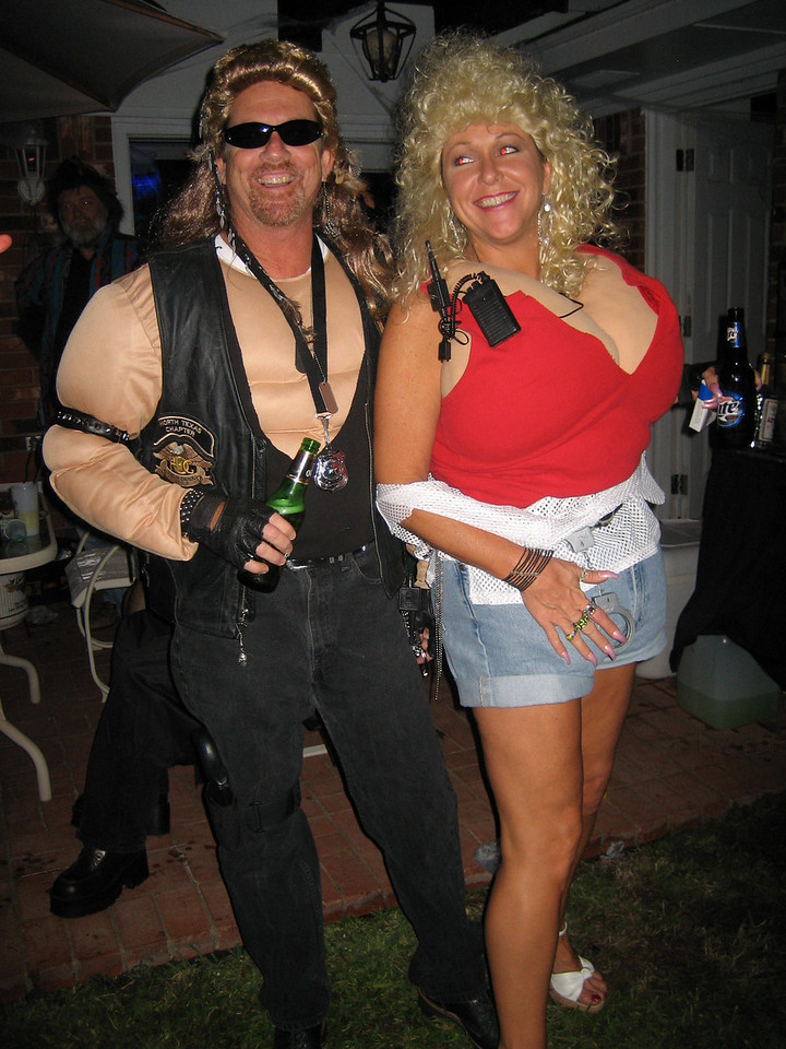Dog the bounty hunter and wife