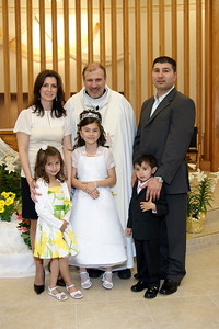 Mirella's 1st Communion_05