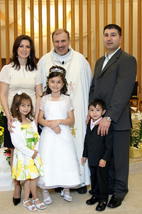 Mirella's 1st Communion_06