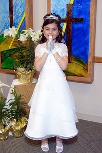 Mirella's 1st Communion_11
