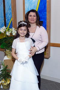 Mirella's 1st Communion_23