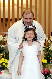 Mirella's 1st Communion_08