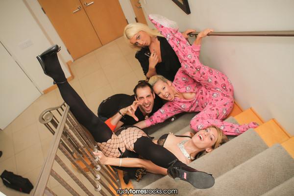 Monique's Ladies Night Mansion Takeover! Rudy Torres | RudyTorresRocks.com