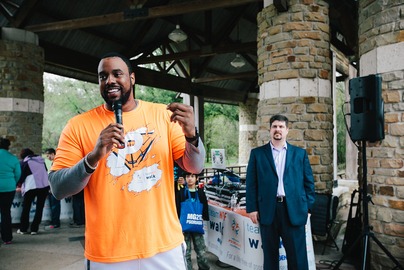 Jonathan Scott, NFL player and representative of the NPF's National Youth Ambassador program introduces Mike Edward from Leo and the 2015 DFW Youth Ambassadors.