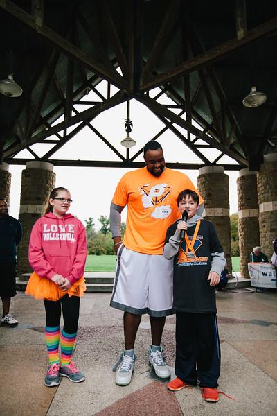 Hannah Falkner and Brayden Hernandez, 2015 DFW Youth Ambassadors speak with Jonathan Scott, an NFL player who also battles Psoriasis.