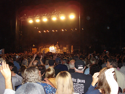 Neil Young and Crazy Horse 08-09-2012