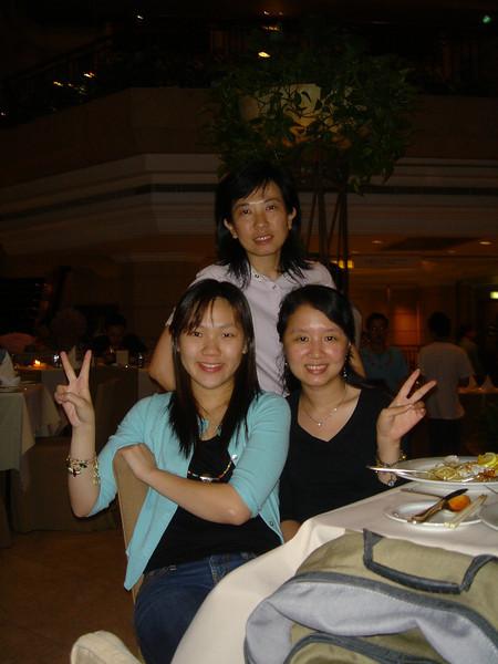 DSC05740 <br /> Gloria, Zorana and Kimmi