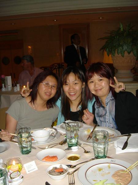 DSC05735 <br /> Fiona, Gloria and Nicole