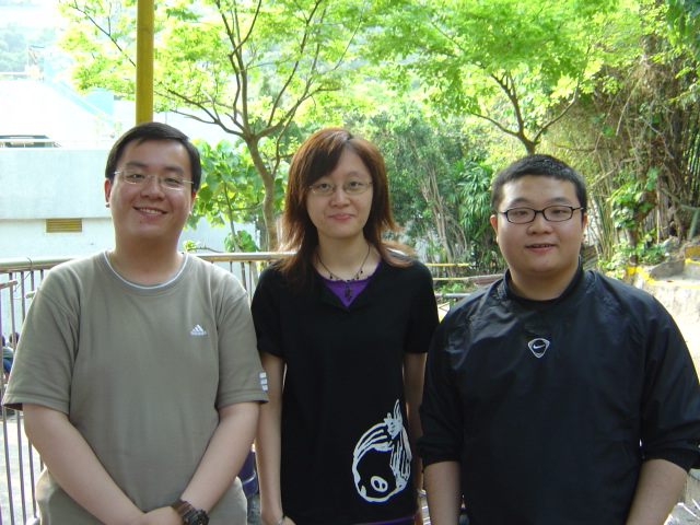 bbq 218 <br /> Hois, Karen and Hei