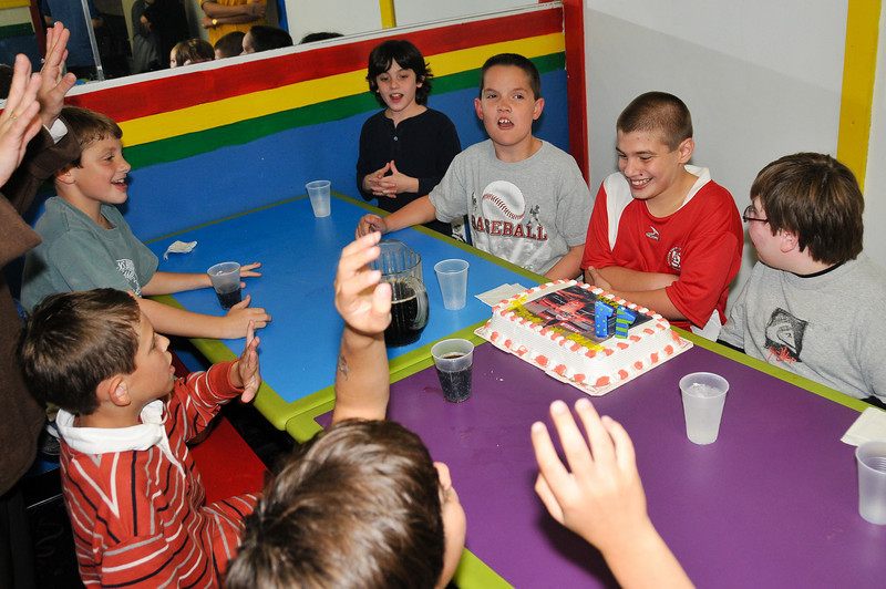 Peter_Ehnes_11th_Birthday_Party_P36