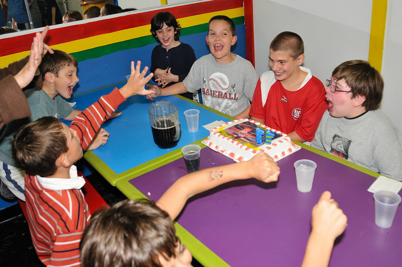 Peter_Ehnes_11th_Birthday_Party_P35