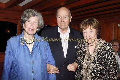 IMG_9042 Suzanne & Hal Howard,Nancy Reynolds