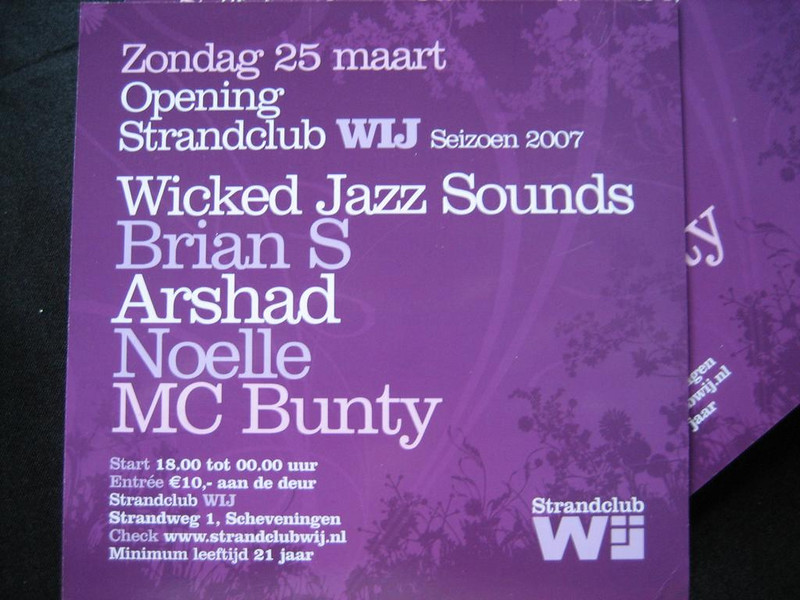 "<a href=""http://www.wickedjazzsounds.com/"">WickedJazzSounds</a> at the season's opening of strandclub Wij in Scheveningen"