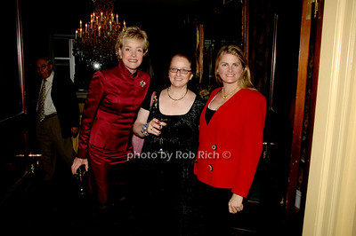 Sharon Sager, Robyn Roth-Moise and Bonnie Comley