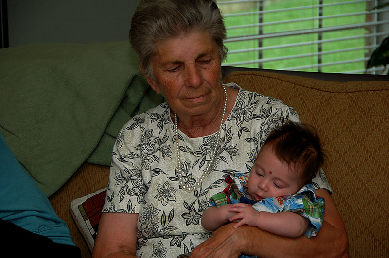 We recently had a summber get-togther at the Bailey-Hilton in Austin. Here's Memom with little Reid, her newest great-grandson.