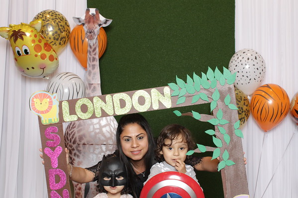 008-sydney-london-booth-photos