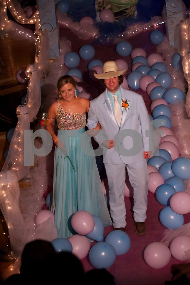 Kailee Webb and Cooper Wall