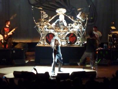 2010 03 29-Korn Concert 019