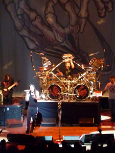 2010 03 29-Korn Concert 023