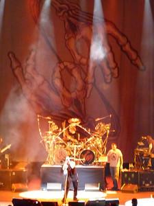 2010 03 29-Korn Concert 012