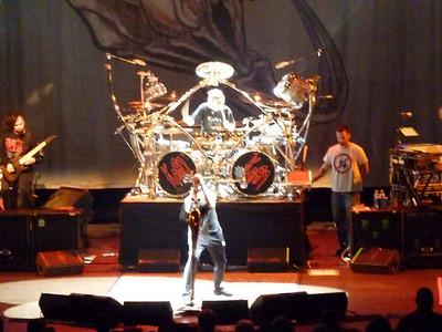 2010 03 29-Korn Concert 020