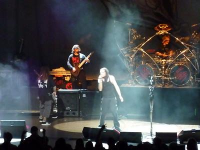 2010 03 29-Korn Concert 016