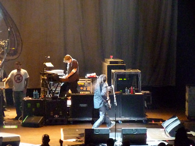 2010 03 29-Korn Concert 014