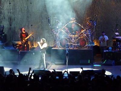 2010 03 29-Korn Concert 008