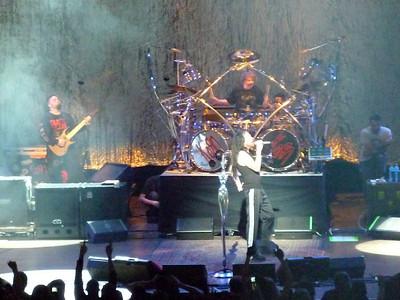 2010 03 29-Korn Concert 011