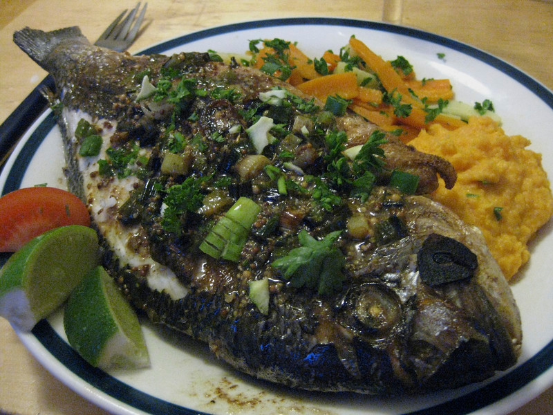 Late night dinner with fresh sea bream! Yummie