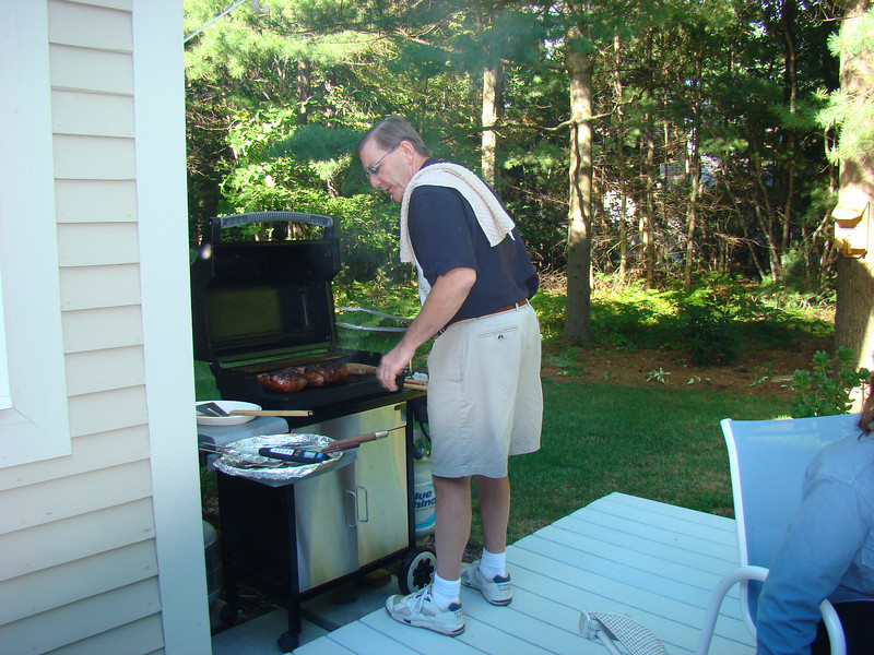Walter again at the grill for diner.