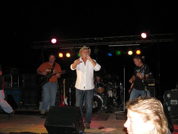 Ron comes up and plays with the band at Fruitland Days ( 2009 )