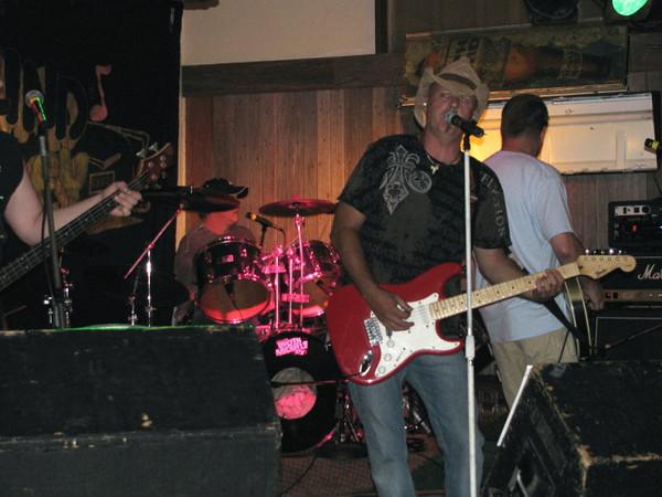 Blind Alley rocks Wapello ( 2010 )